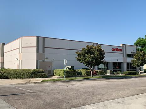 The new coating centre is the largest in the western USA and is equipped with the latest coating technology, allowing Oerlikon Balzers to supply coating services for the precision components industry and for cutting, plastic/aluminium injection and metal forming tools.